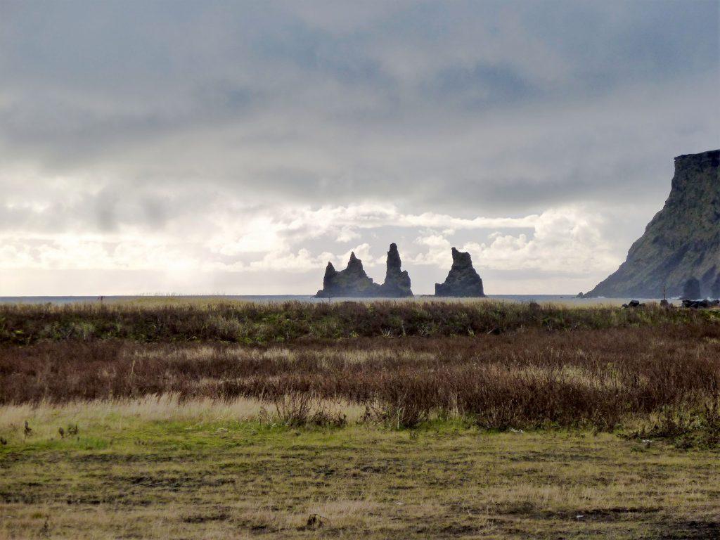 Wie Trolle aus Stein - Küstenabschnitt Reynisfjara